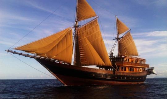 Herzlich Willkommen an Bord der Alila Purnama