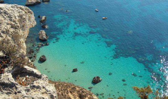 Sardiniens atemberaubendes Meer
