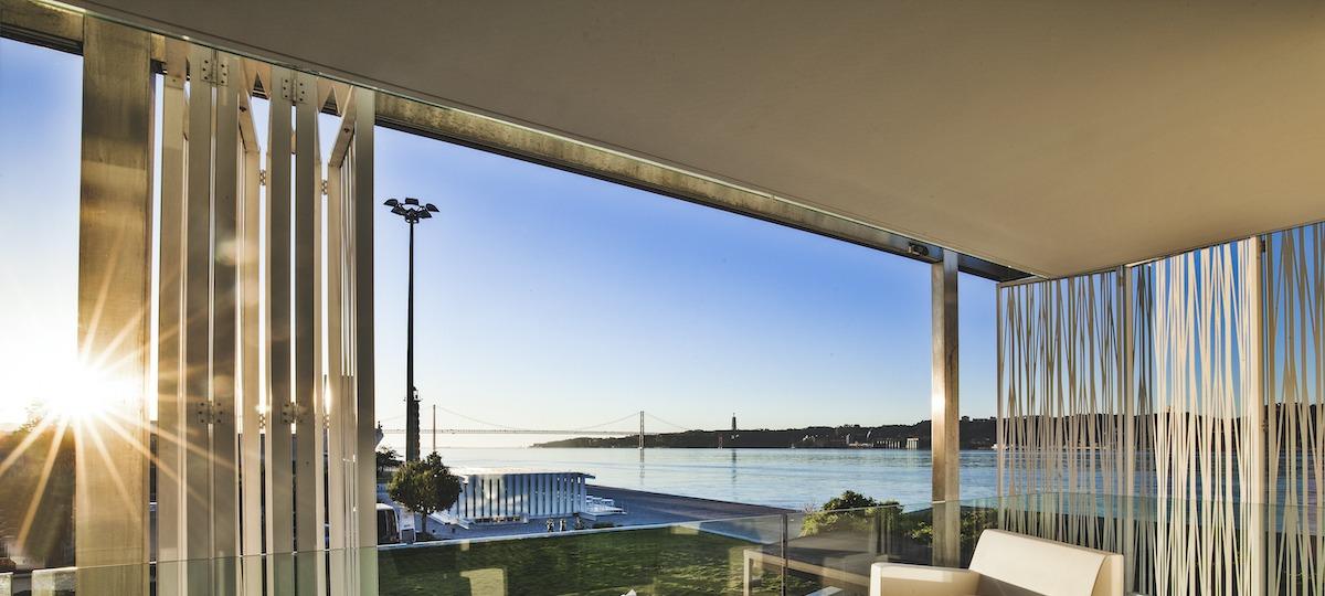 Ihr privater Balkon im modernen Design