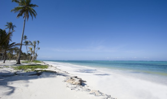 Der fantastische Bwejuu Beach vorm Hotel