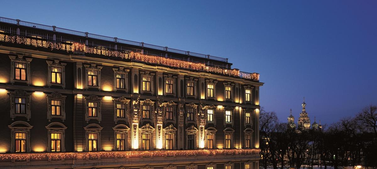 Das Belmond Grand Hotel Europe begrüßt Sie herzlich