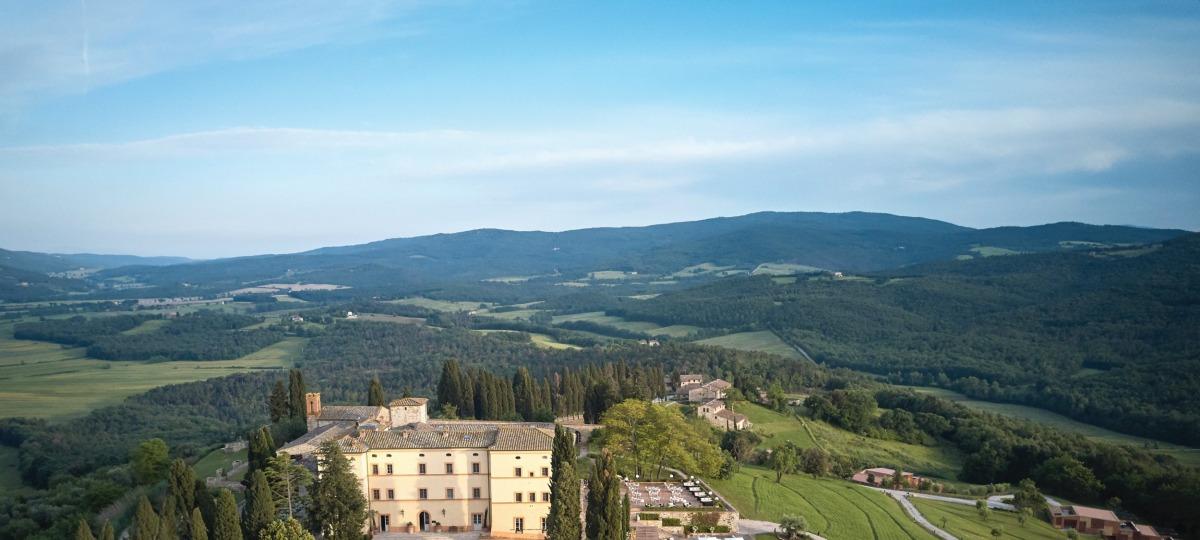 Herzlich Willkommen im Castello Di Casole