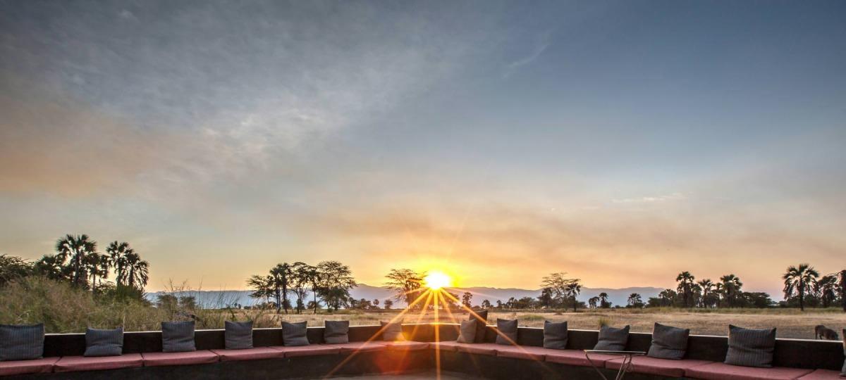 Keine Safari ohne einen Bilderbuch-Sonnenuntergang
