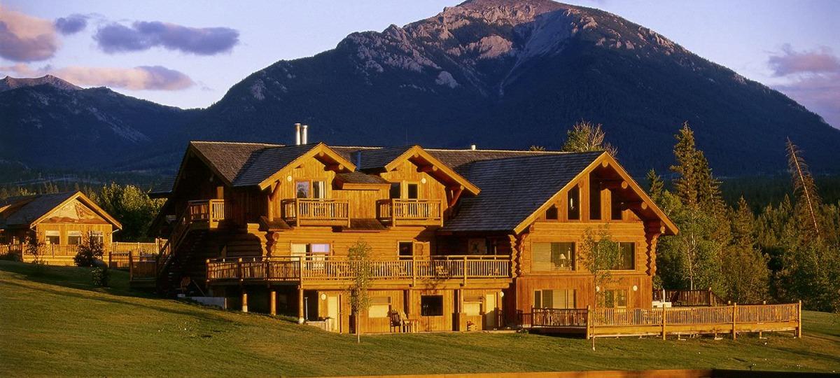 Die authentische Ranch bei Sonnenuntergang