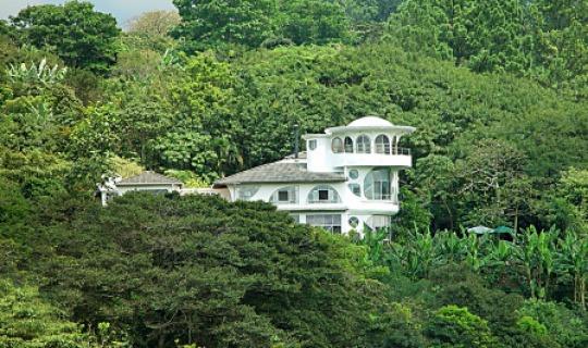 Herzlich Willkommen im Finca Rosa Blanca Inn