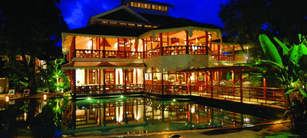 Herzlich Willkommen im Govenors Residence Yangon
