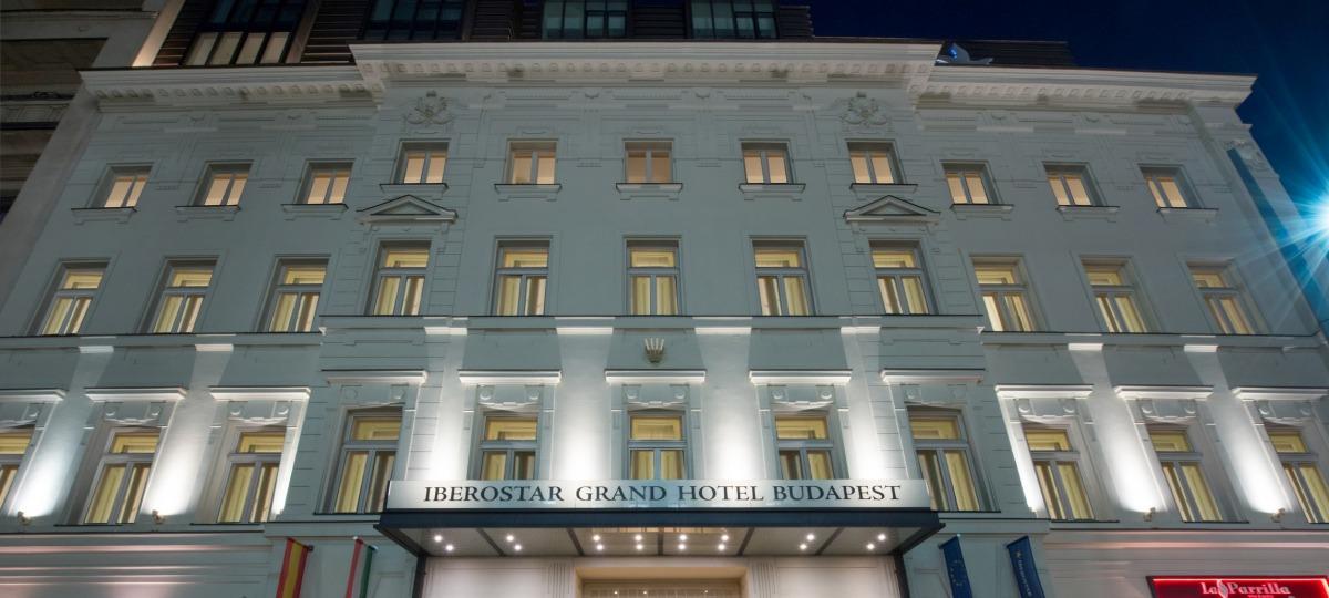Das Iberostar Grand Budapest heißt Sie herzlich willkommen!