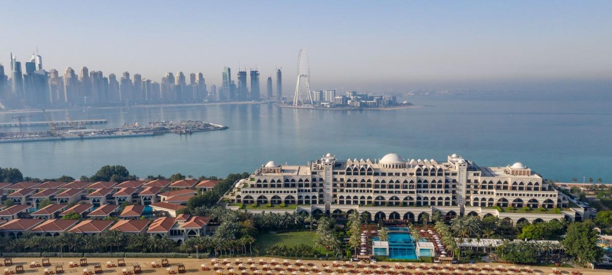 Das spektakuläre Jumeirah Zabeel Saray liegt auf dem Westhalbmond von The Palm Jumeirah