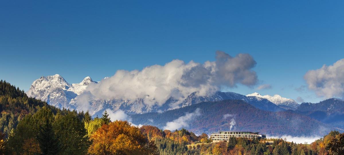 Das Kempinski inmitten der Berchtesgadener Bergwelt