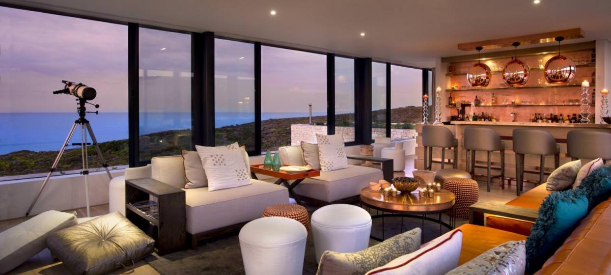Relaxen Sie in der stilvollen Lounge