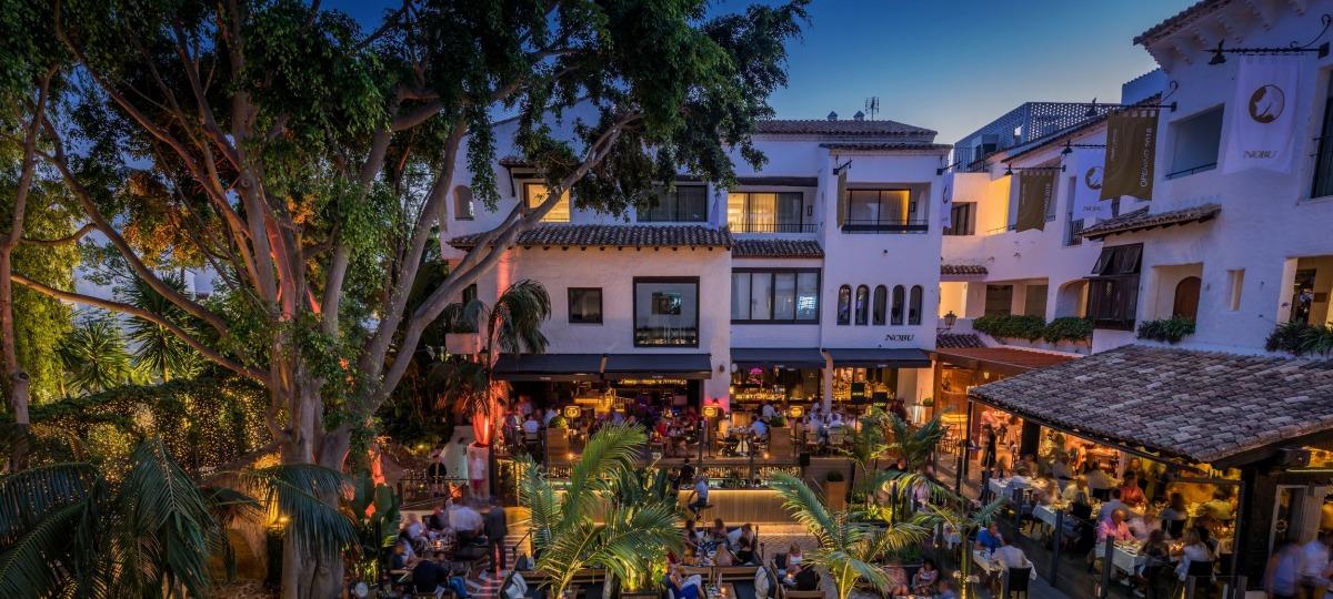 Das Nachtleben auf der La Plaza
