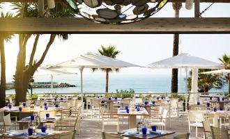Genießen Sie köstliche Speisen im Sea Grill Restaurant