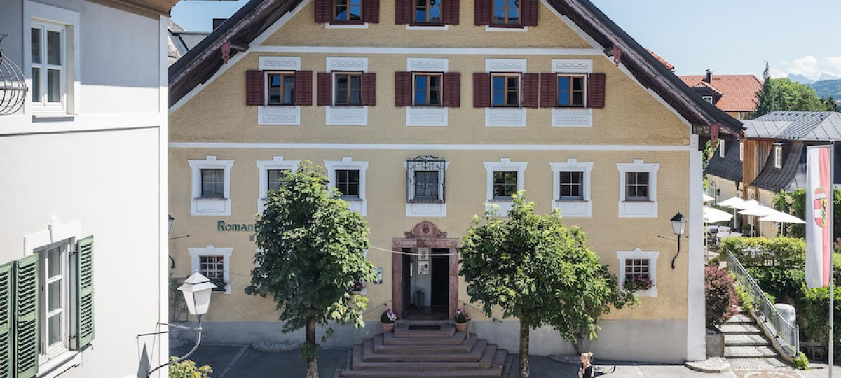 AAussenansicht-ARomantik-Hotel-GMACHL-Elixhausen-Salzburg-Kopie.jpg