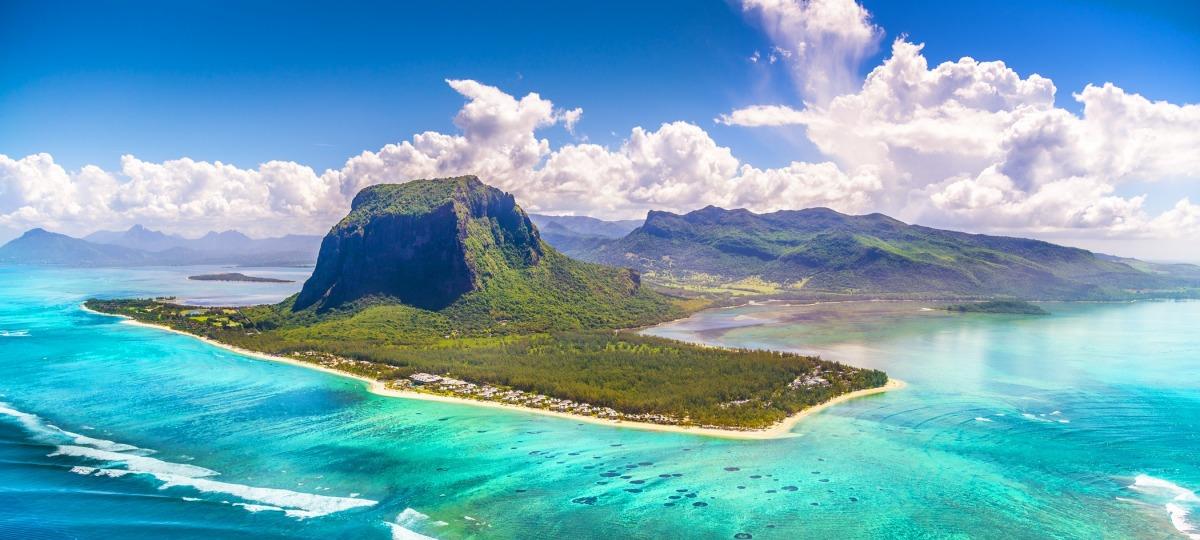 Das Luxushotel St. Regis Mauritius aus der Vogelperspektive