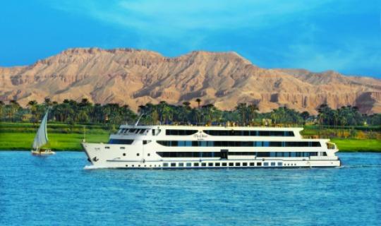 Willkommen auf dem Kreuzfahrtsschiff The Oberoi Zarah
