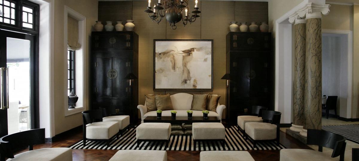 Kunstvoll gestaltete Lobby