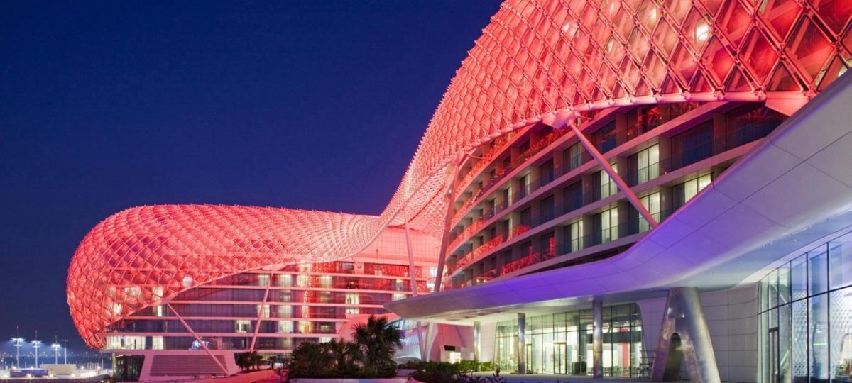 Herzlich Willkommen im Yas Viceroy Abu Dhabi