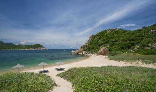 Auf dem Weg zum Private Beach des Amanoi