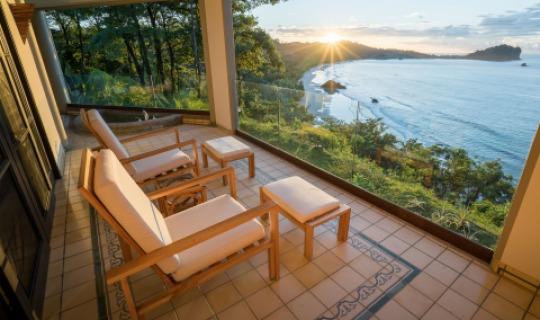 Sonnenuntergang auf Ihrem privaten Balkon