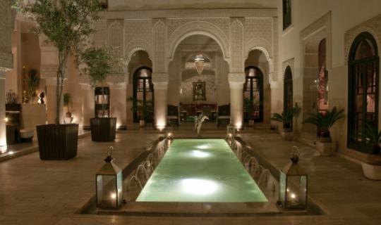Herzlich Willkommen im Riad Fez