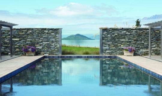 Der einmalige Pool im Blanket Bay